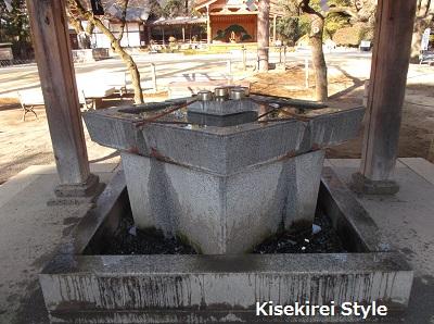 武田神社・手水舎