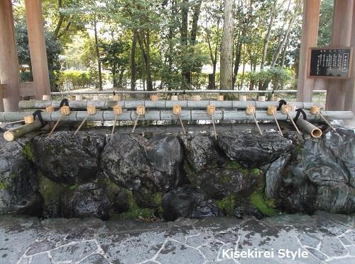 橿原神宮手水舎