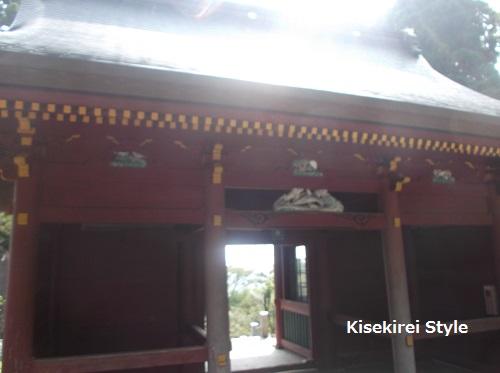 201508武蔵御嶽神社隋神門