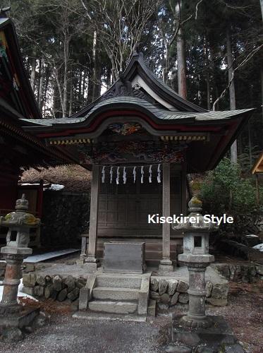三峯神社201603-59